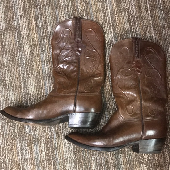 6f09ae8a929 Vintage Lucchese Boots